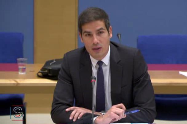 Audition du Pdg et des organisations syndicales de Radio France au Sénat